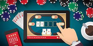 What is the difference between online poker and video poker?