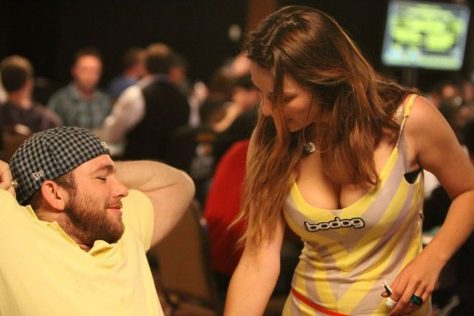 How to get satisfaction from playing poker